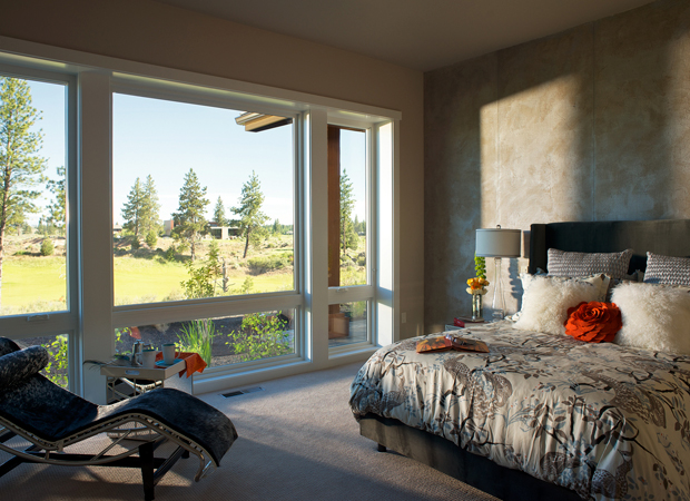 gallery_page_images-2-level-masterbedroom-713